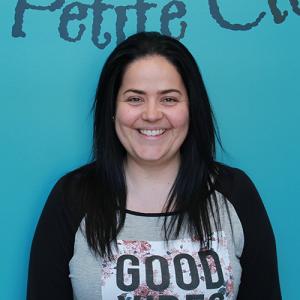 Jasmine Simard, éducatrice titulaire du groupe des Chatons (3-24 mois)
