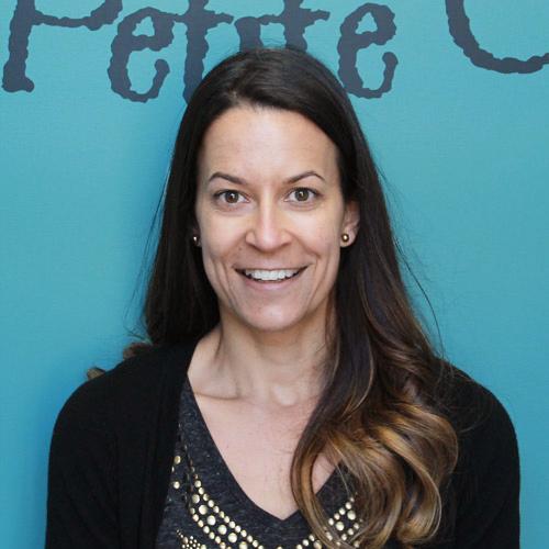 Maryse Chouinard, éducatrice titulaire du groupe des Papillons (3-24 mois)